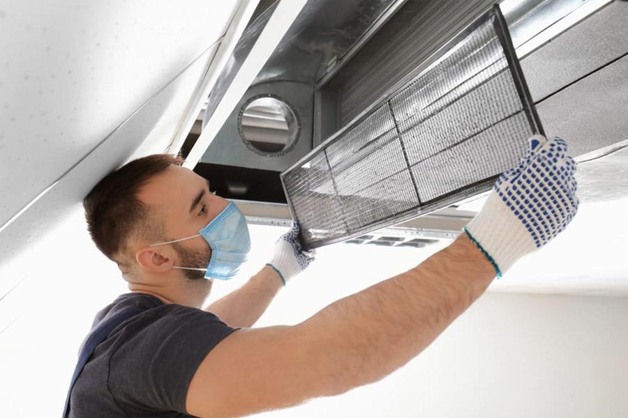 Quy trình sửa chữa, bảo trì máy lạnh áp trần Daikin tại nhà